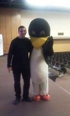 Борис Гуцев с Linux пингвин